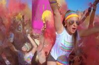 """Sei mila partecipanti alla colorata tappa di """"The Color Run"""" a Bari"""