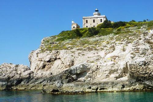 Faro di San Domino. Valorizzazione e nuova vita in chiave turistica