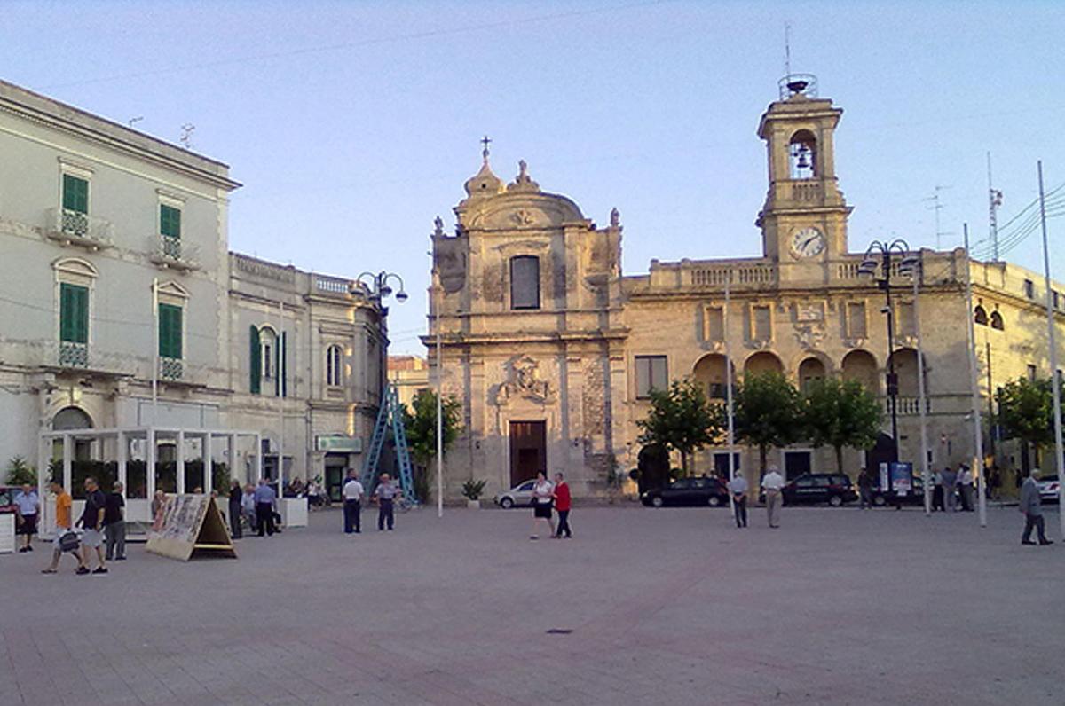 Cartina Puglia Gioia Del Colle.Gioia Del Colle Il Castello Il Museo E Il Parco Archeologico