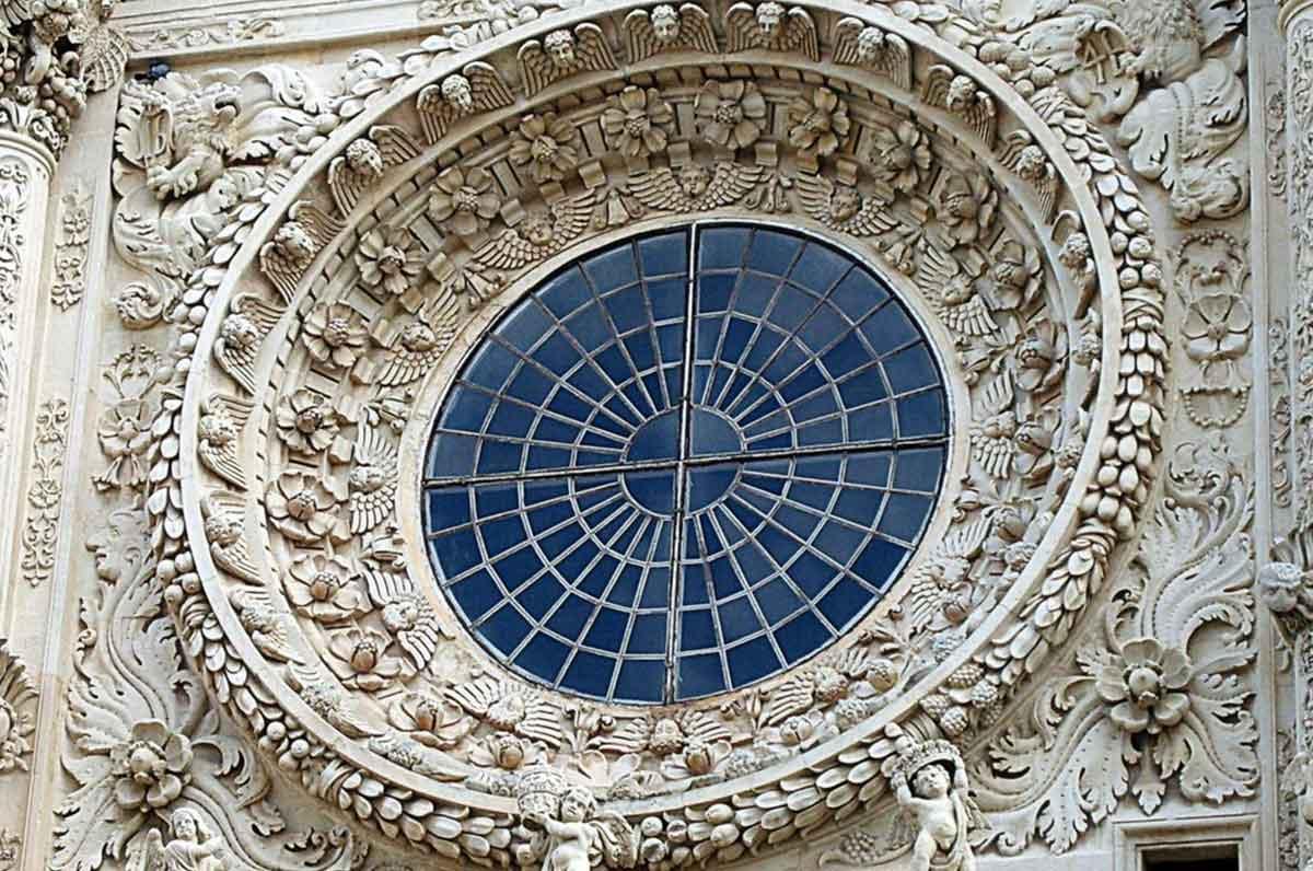 Basilica di Santa Croce, il simbolo del barocco leccese