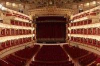 """Il Teatro Petruzzelli riceve il """"certificato di eccellenza"""" da Tripadvisor"""