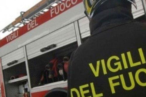 Taranto: esplode e crolla palazzo in pieno centro. Si contano un morto e feriti