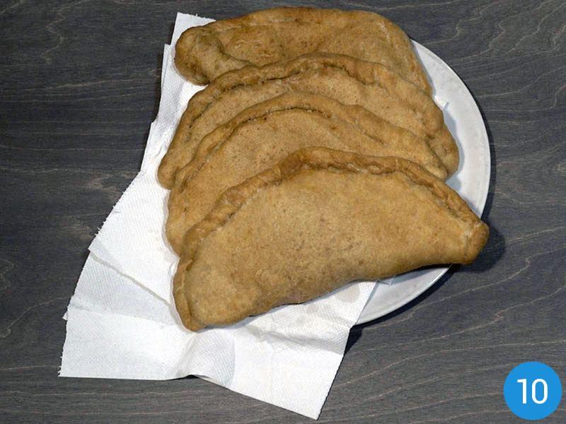 Panzerotti fritti pugliesi ricetta originale (passaggio 10)