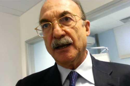 Il sindaco di Taranto aggredito da una donna per il contributo casa