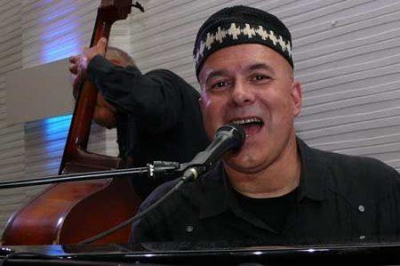 Larry Franco in concerto