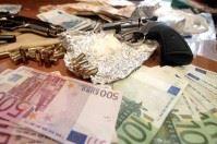 Deposito della malavita scoperto a Bari, due arresti