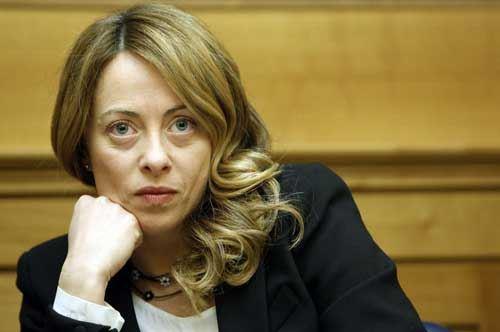 Università di Bari: arriva Giorgia Meloni ed è contestazione