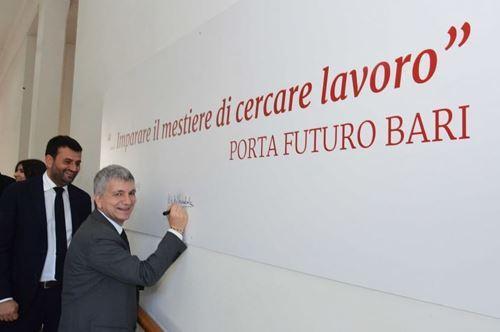 Porta Futuro, da Bari una nuova sfida della Puglia al mondo del lavoro