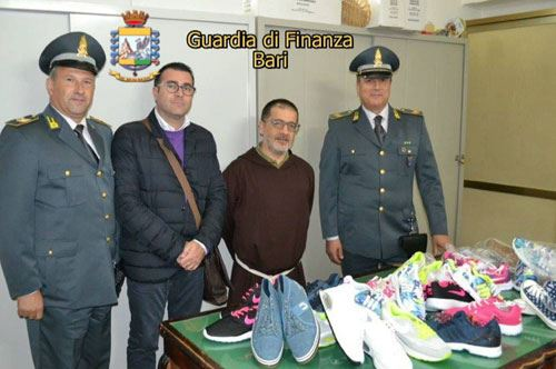 Scarpe sequestrate devolute in beneficenza a Barletta