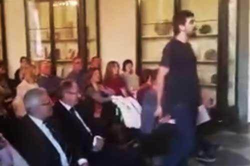 """""""Io devo andarmene di qui"""". Il Flash mob degli universitari pugliesi"""