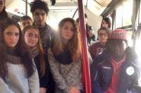 #AlPostoGiusto, studenti e migranti viaggiano accanto a Bari