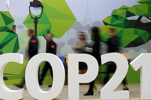 Regione Puglia, Michele Emiliano a Parigi per la COP21