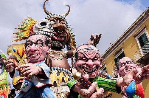 Carnevale di Putignano, 16mila presenze per il primo weekend di sfilate