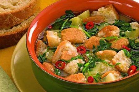 Pancotto con verdure: la bontà del pane raffermo nella zuppa