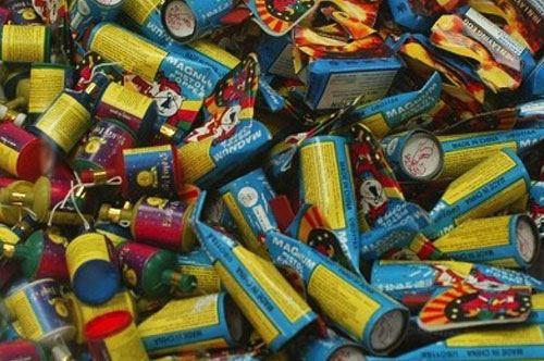 """Sequestro """"esplosivo"""" a Taranto: 70 kg di fuochi pirici in un sottoscala"""