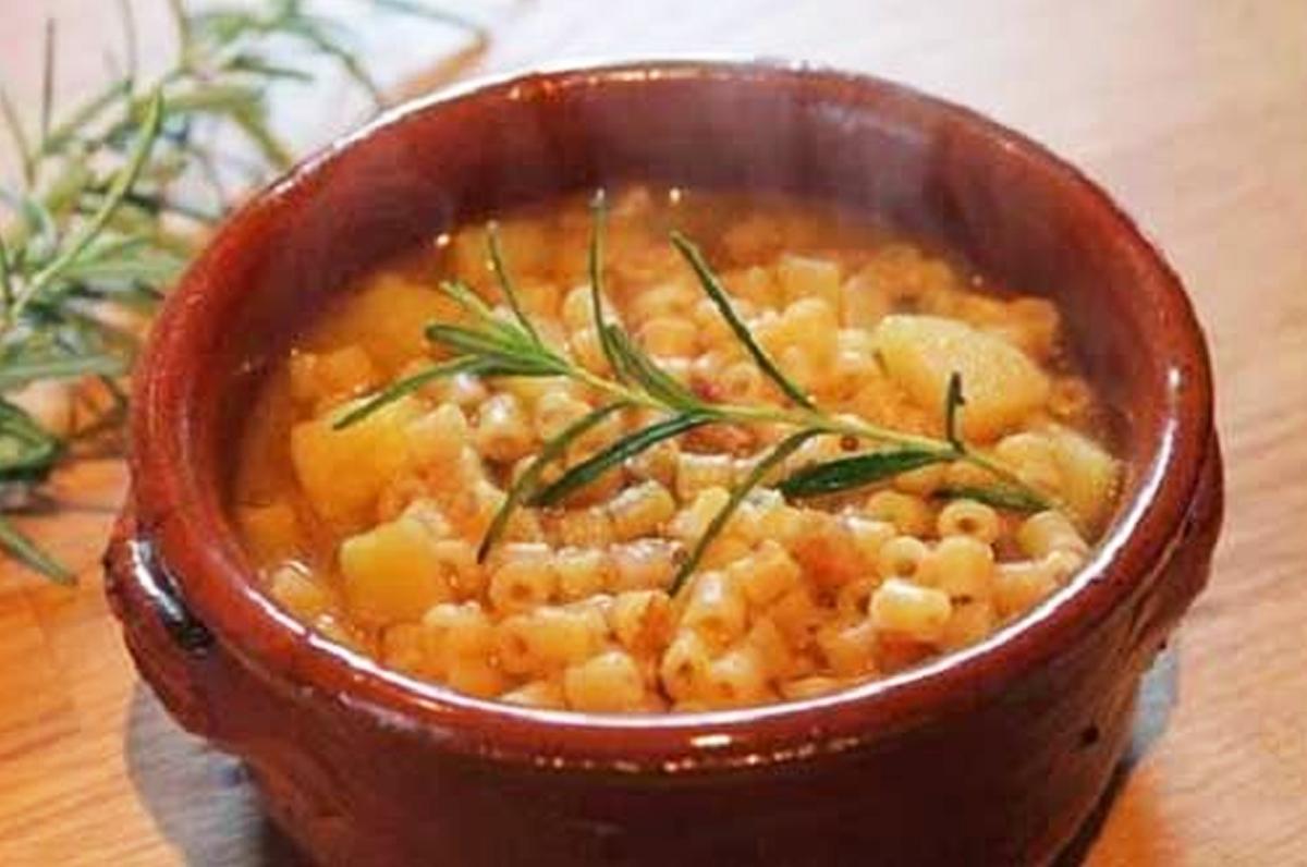 Zuppa di pasta e patate