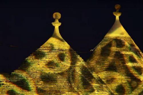 Alberobello e i suoi trulli si mettono in mostra alla Bit di Milano: il video