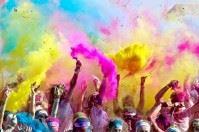 La Puglia si fa glitterata: il 14 maggio sarà Color Run a Bari