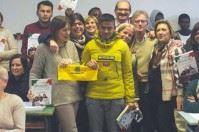Libri e non bombe, a Taranto Legambiente e migranti leggono insieme