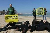 Stop alle trivelle, ecco gli Oil Men tra Bari e Barletta