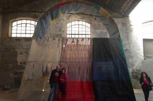 Una mega-borsa per il riscatto: le detenute di Lecce espongono a Milano