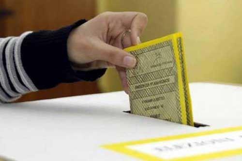 Referendum:  niente quorum, in Puglia al voto il 41.6%