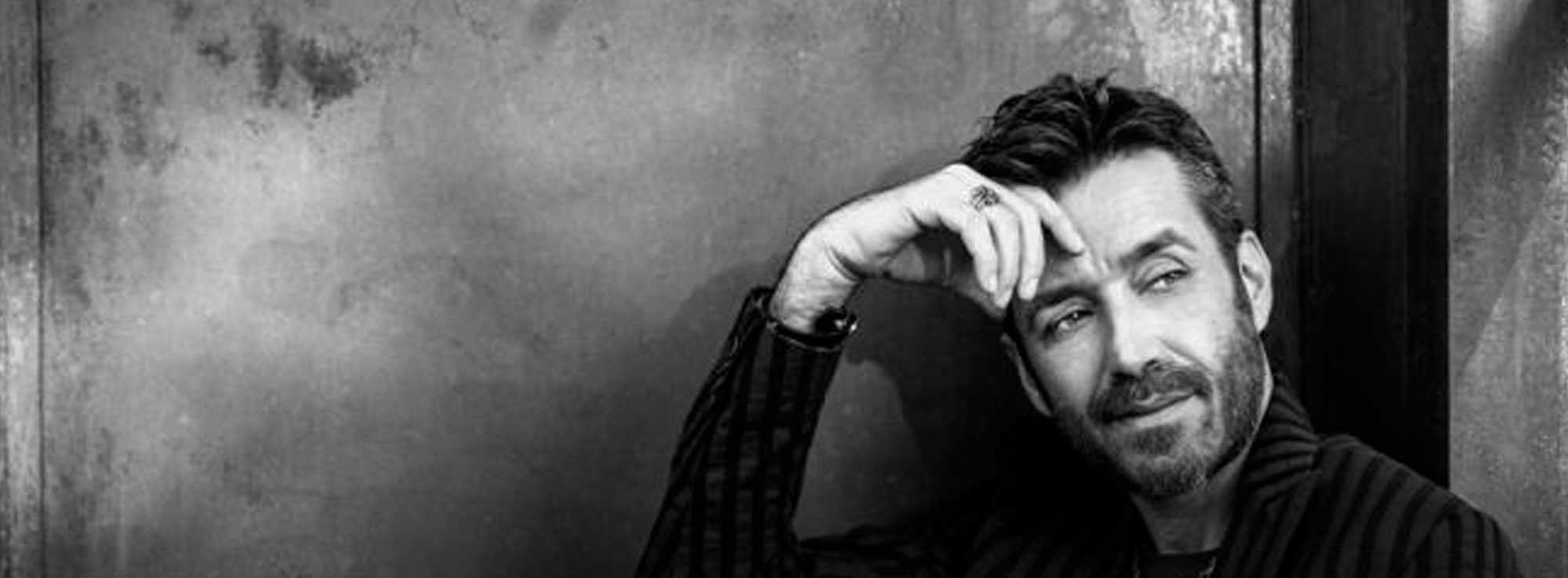 Molfetta: Daniele Silvestri in concerto - Acrobati Tour