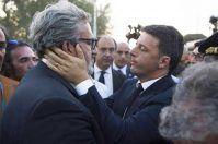 Taranto, Renzi contestato in occasione della visita al MarTa