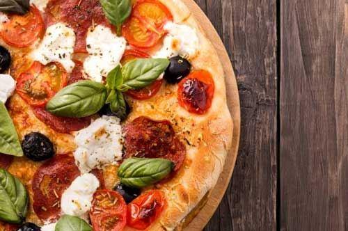 Martina Franca, forni da guinness: 5.071 pizze sfornate in 10 ore