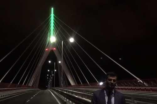 Ponte sull'asse Nord-Sud, la bandiera italiana apre le porte all'inaugurazione