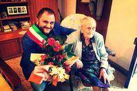 """105 anni di vita a Nardò, il compleanno """"speciale"""" di Cosima Calabrese"""