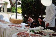 Insetticida sul cibo, la foto inchioda un cameriere di Otranto