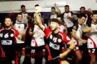 Vacchi chi? L'ASEM Volley Bari festeggia con il ballo dell'imprenditore amico dei vip