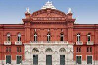 Teatro Petruzzelli, in platea con un'app: la creano giovani studenti