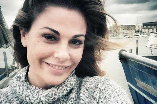 Vanessa Incontrada conquistata dalla Puglia: i suoi selfie a Trani