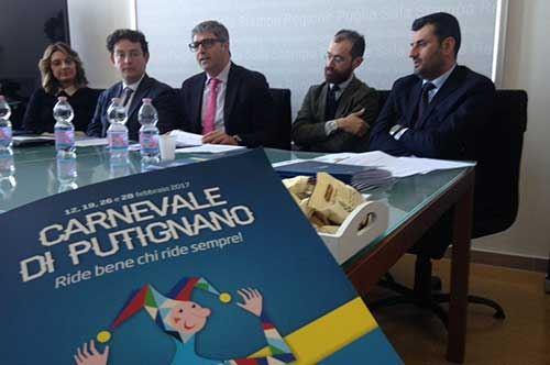 Carnevale di Putignano, per l'edizione 2017 si pagherà: ecco i bozzetti