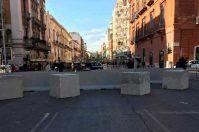 Barriere di cemento e presidio costante per il Carnevale di Putignano