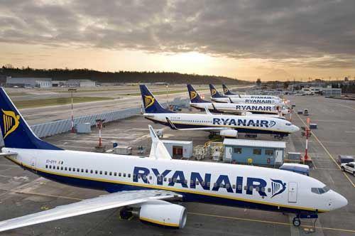 Bari-Madrid, la tratta dell'equivoco: si volerà low-cost, ma da ottobre 2017