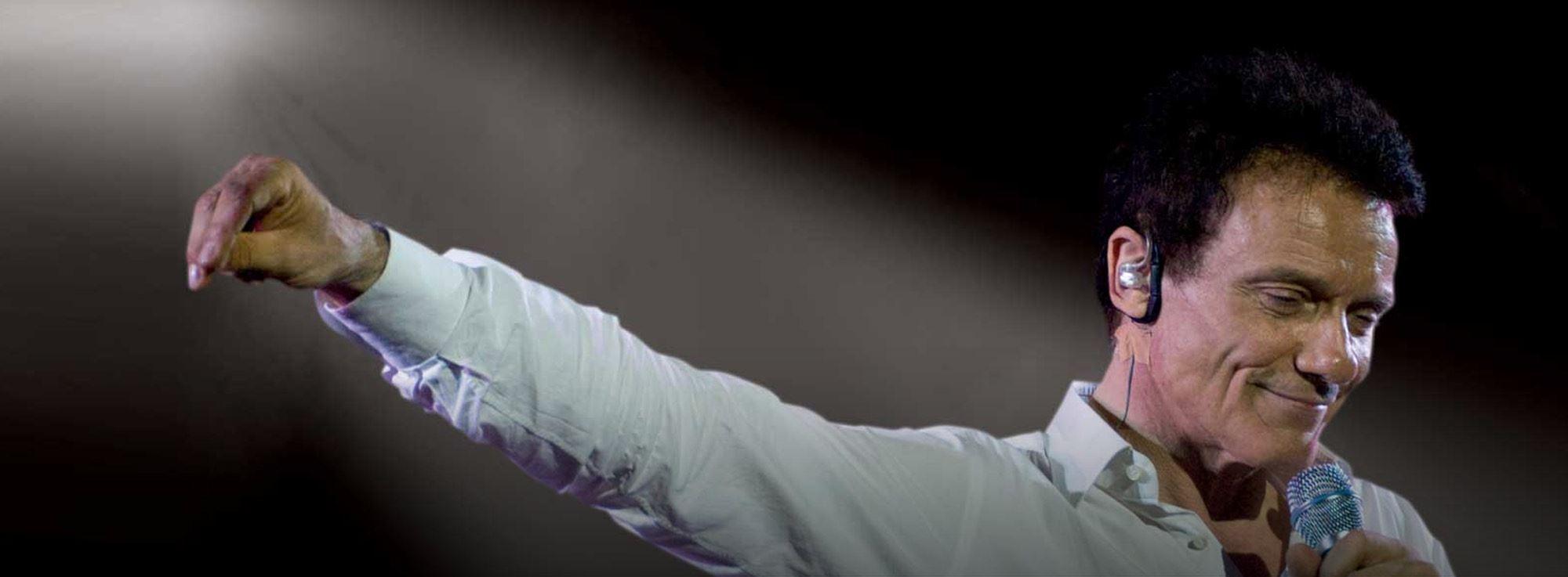 Bari: Malìa - Massimo Ranieri in concerto