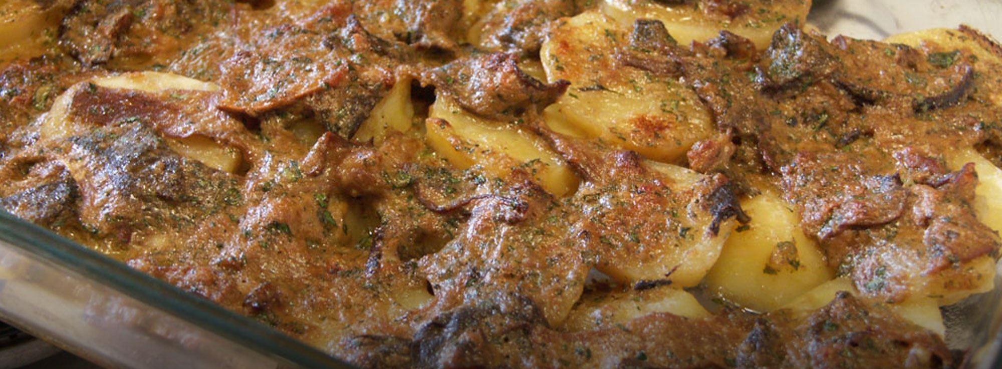 Ricetta: Patate e funghi al forno