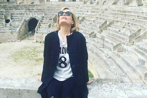Lecce, selfie e premi per Isabella Ferrari