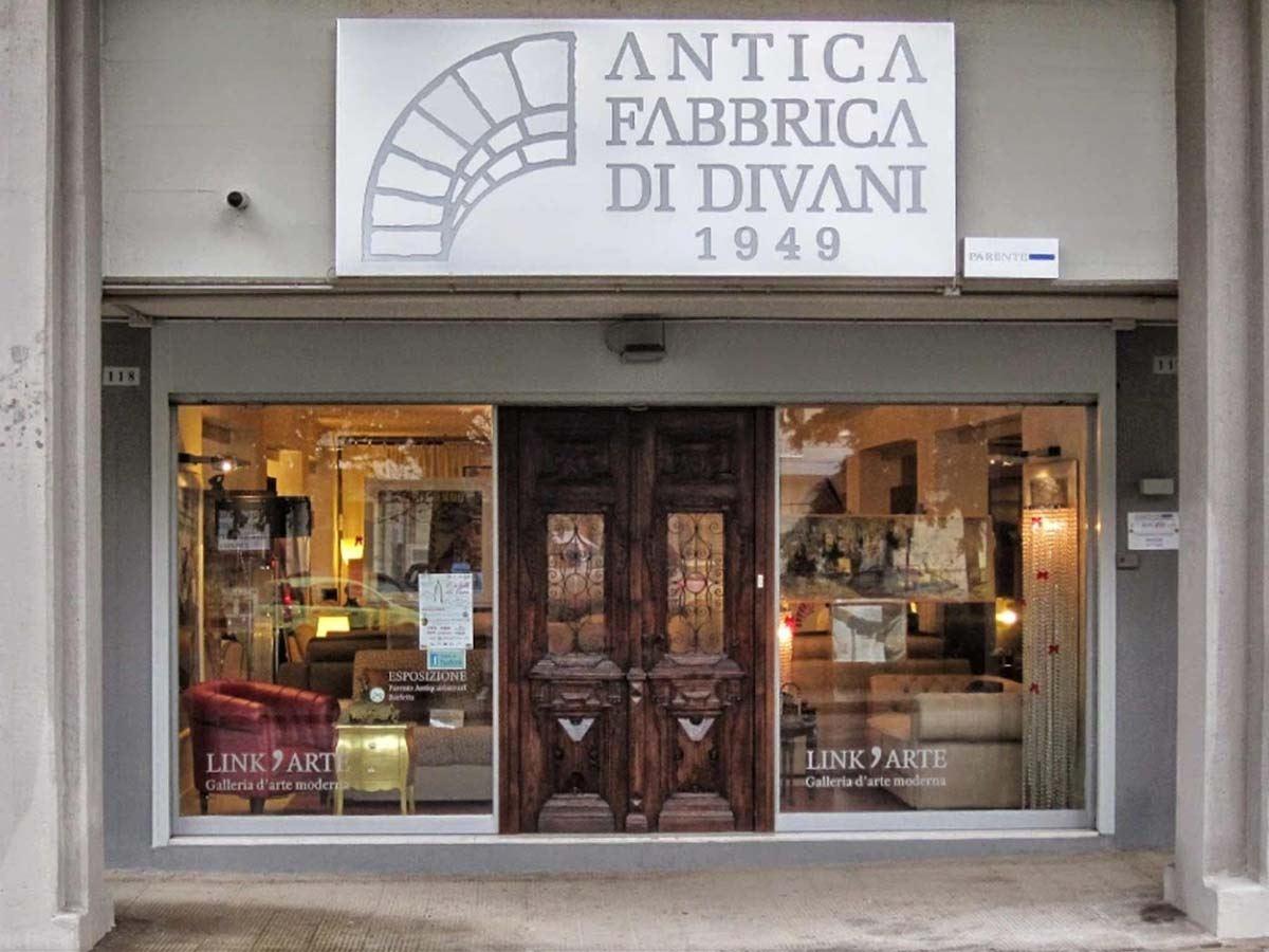 Antica Fabbrica di Divani Barletta (BT) - Divani, poltrone e letti