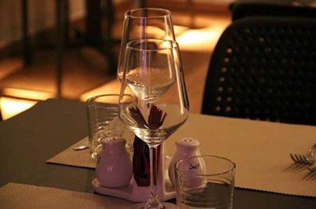 est vinum