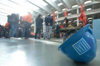 """Ilva, rischio tagli per 5000 esuberi: i sindacati, """"inaccettabile"""""""