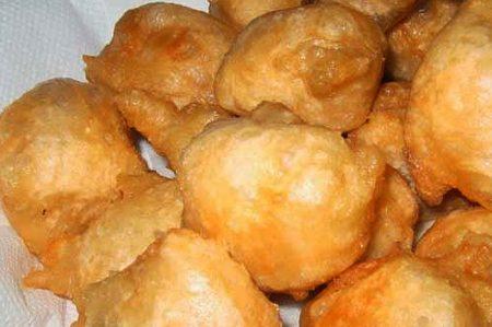 Popizze o Pettole baresi: piccole frittelline croccanti e gustose