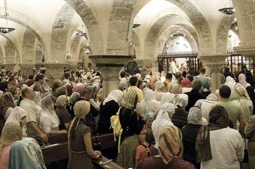 La reliquia di San Nicola arriva in Russia, commozione tra i fedeli