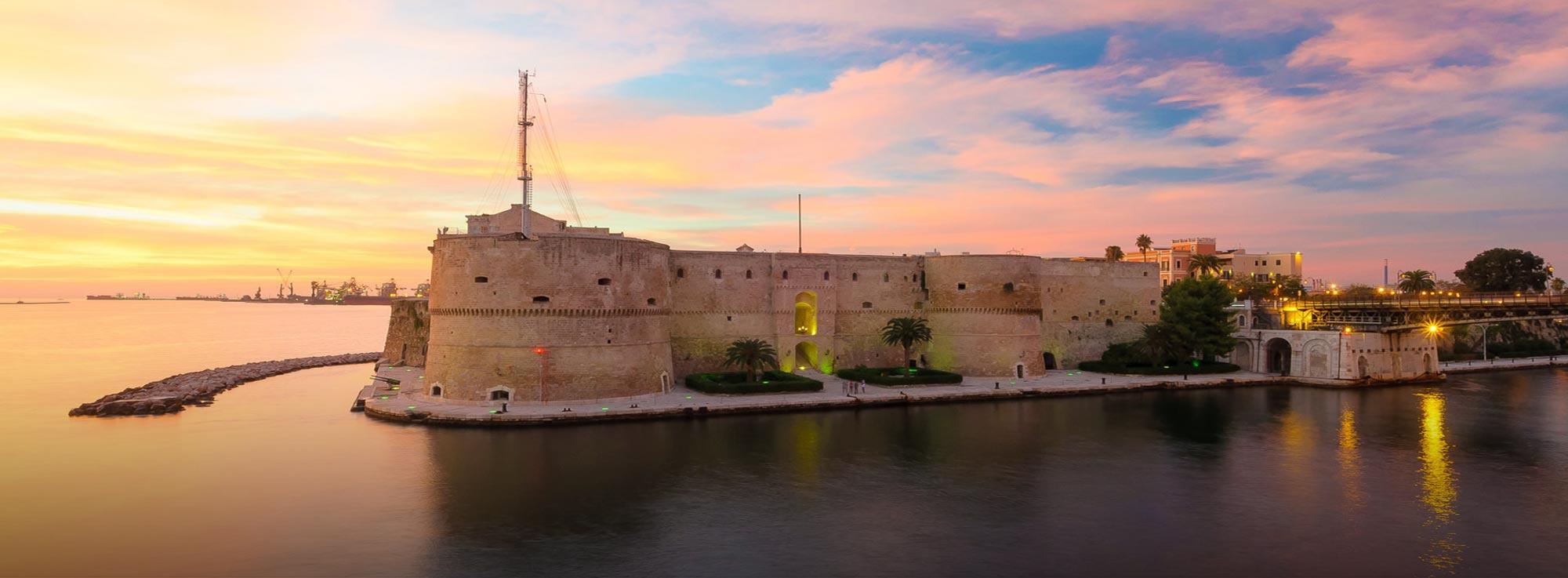 Taranto: La città vecchia sotto le stelle tra riti magici e musica popolare
