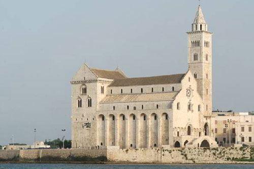 Welcome to Trani, gli studenti promuovono la Perla dell'Adriatico