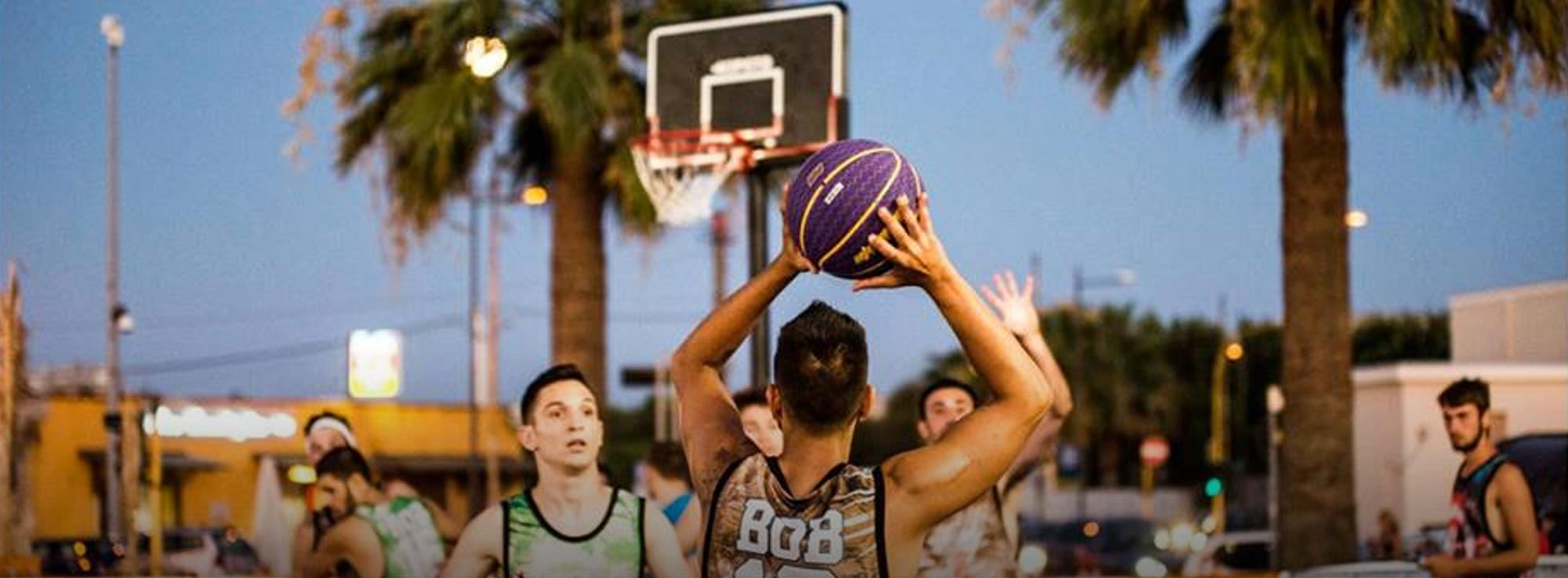 Barletta: Basket on the Beach
