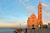 10 luoghi da non perdere in Puglia: un viaggio nella cultura regionale